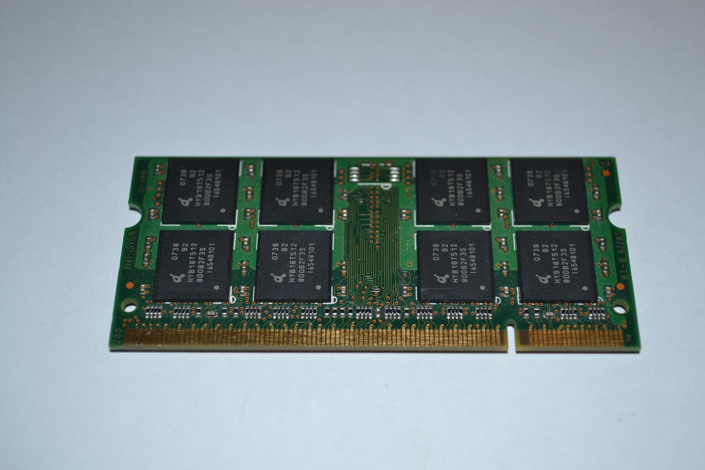 Samsung Memory 512MB PC24200S M470T6554EZ3CD5 DDR2 SDRAM